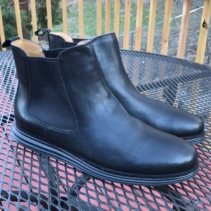 Cole Haan 11B pull on original grand Chelsea Boots